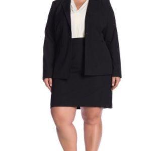 Halogen Ela Suit Black Skirt Size 26 NWOT
